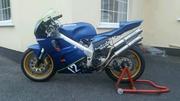 Honda rvf400 nc35 race bike