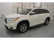 Looking to sell my Toyota Highlander 2015